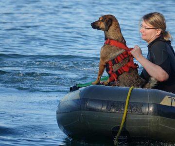 Philippa und Sisi stechen in See